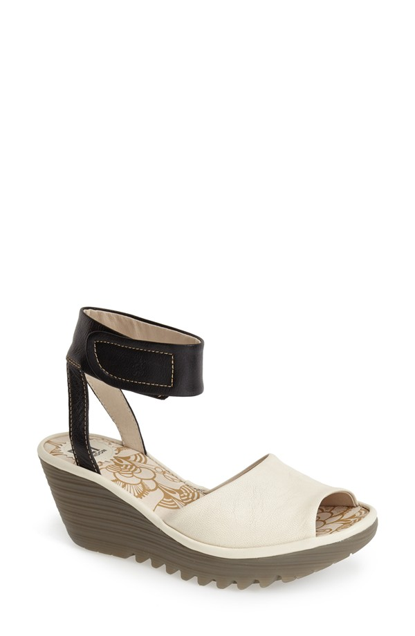 fly wedges